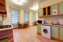 Gedeelde flat , Derzhavin Institute, St. Petersburg - 1