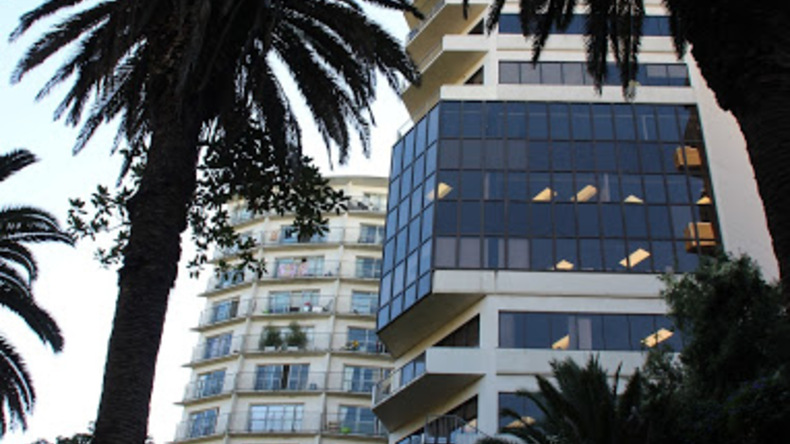 LSI-gebouw vanuit het park