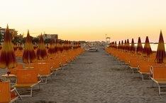 Principales destinos: Rimini (miniatura de la ciudad)