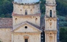 热门地区: 蒙特普齐亚诺 (城市缩略图)