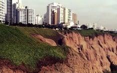 Principales destinos: Lima (miniatura de la ciudad)