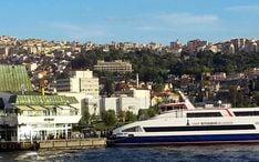 Principales destinos: Izmir (miniatura de la ciudad)