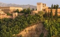 Principals destinacions: Granada (miniatura de la ciutat)