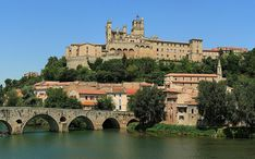 Legnépszerűbb célállomások: Béziers (A város kicsinyített nézete)