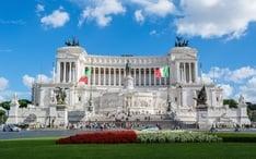 Principales destinos: Italia (miniatura de la ciudad)