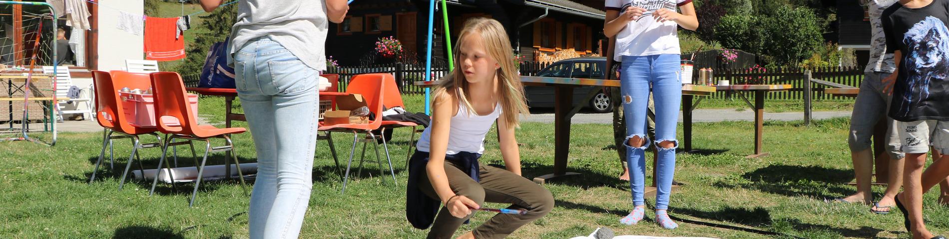 friLingue Language Camps resim 1