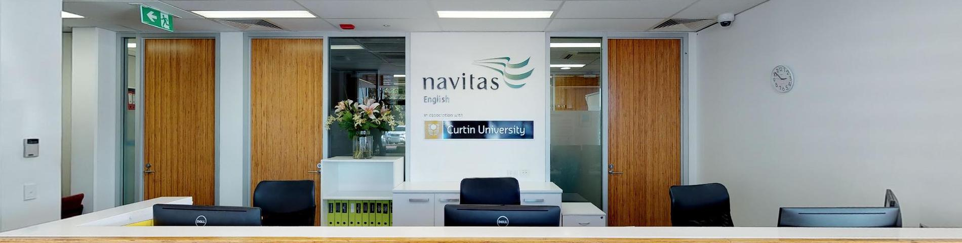 Navitas English resim 1