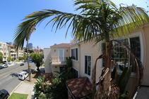 Фото готелю цієї категорії від школи CEL College of English Language Santa Monica