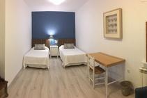 Фото готелю цієї категорії від школи Cervantes Escuela Internacional - 2