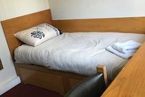 Фото готелю цієї категорії від школи Cork English Academy - 2