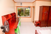 Фото готелю цієї категорії від школи First English Global College - 2