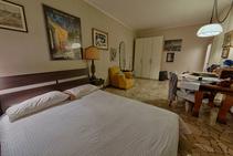 Фото готелю цієї категорії від школи Linguadue