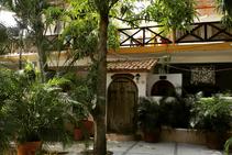 Mango Surf House, Oasis Language School, Пуерто-Ескондідо - 1