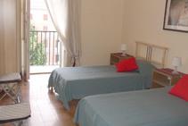 Фото готелю цієї категорії від школи Scuola Leonardo da Vinci