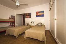 Shared Apartment, Spanish Language Center, S.L., Марбелья