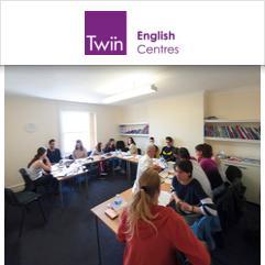 Twin School, Істборн