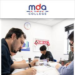 MDA College, 利兹
