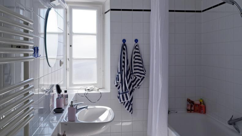 寄宿家庭浴室